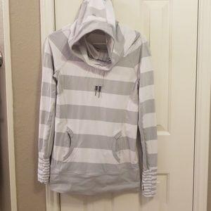 Lululemon hooded long sleeve top
